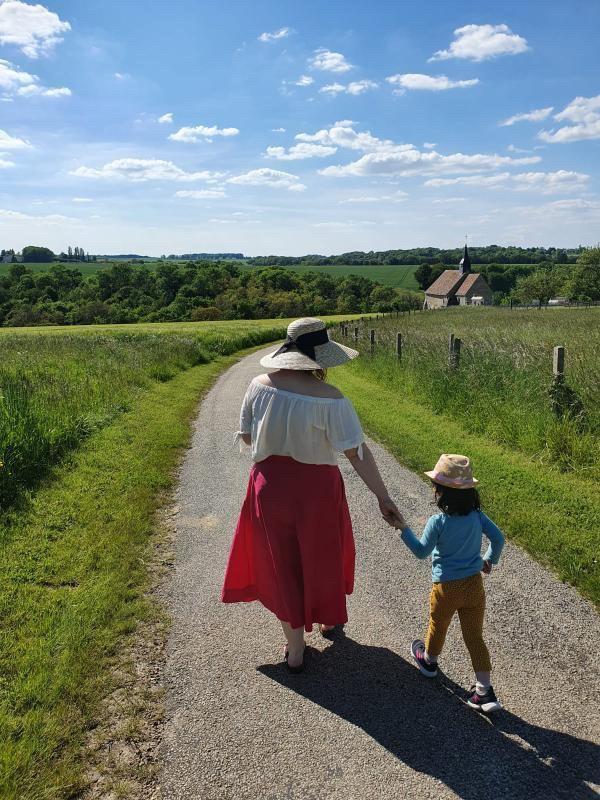 Maman chanteuse : découvrez le portrait de Raphaëlle